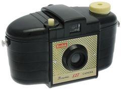 Kodak Ltd. - Brownie 127 1er modèle à façade croisillons miniature